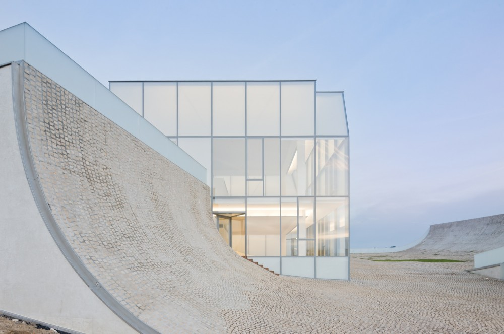 Museum of Ocean and Surf by Steven Holl Architects and Solange Fabiao