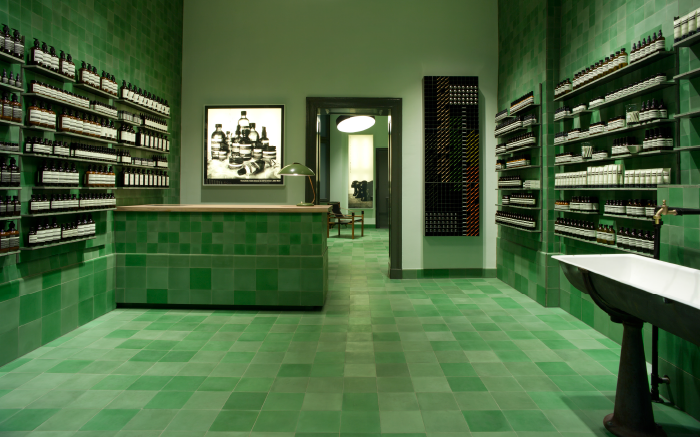 AESOP-GER-STORE-MITTE-LANDING-PAGE-IMAGE-700x437px-FA-1_1-1