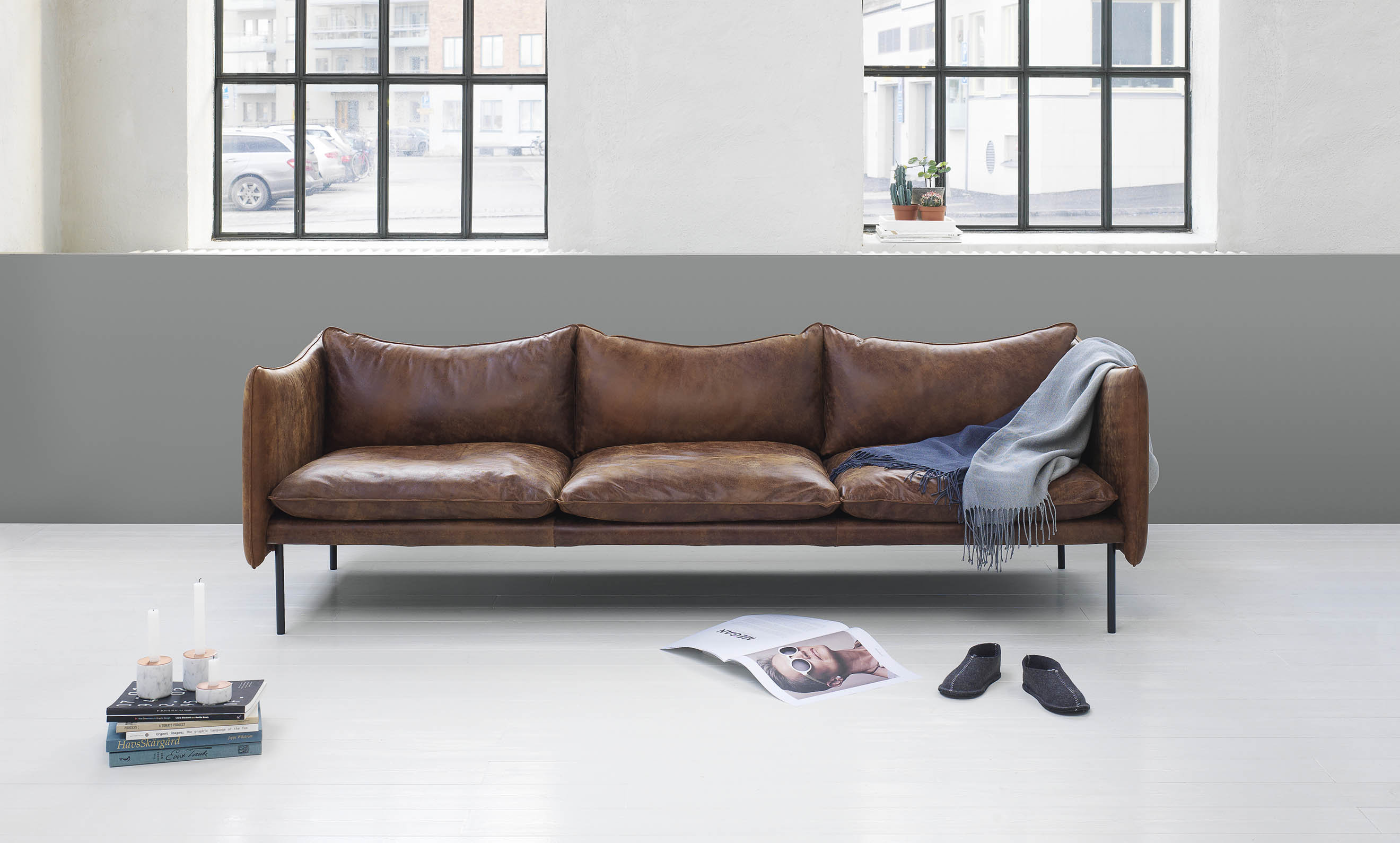 beautiful leather sofas by swedish brand fogia cate st hill. Black Bedroom Furniture Sets. Home Design Ideas