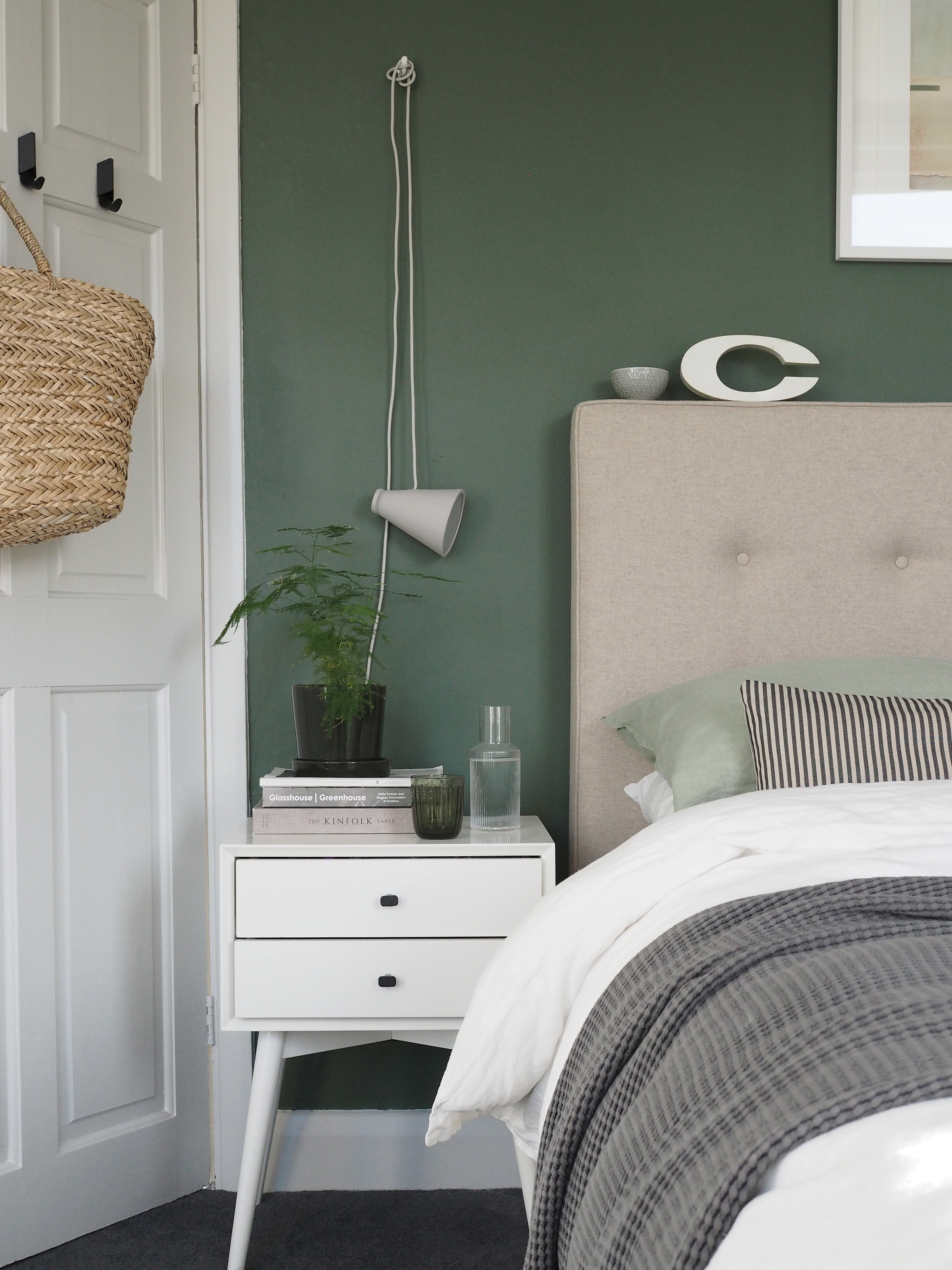 A Simple Soothing Botanical Green Bedroom Makeover The Reveal